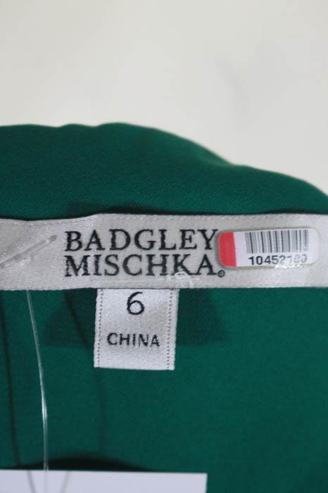 Badgley Mischka Green Fluorite Emerald Gala Gown Size 6 $740 ...