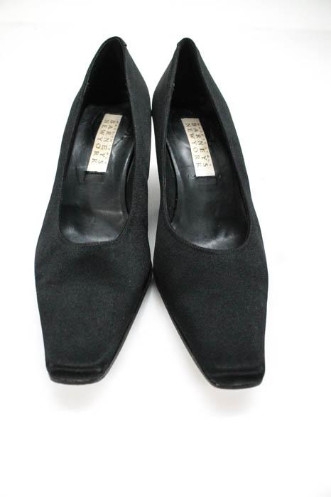 13ba30ca47d Barneys New York Black Satin Pointed Toe Kitten Heel Pumps Size 36.5 ...