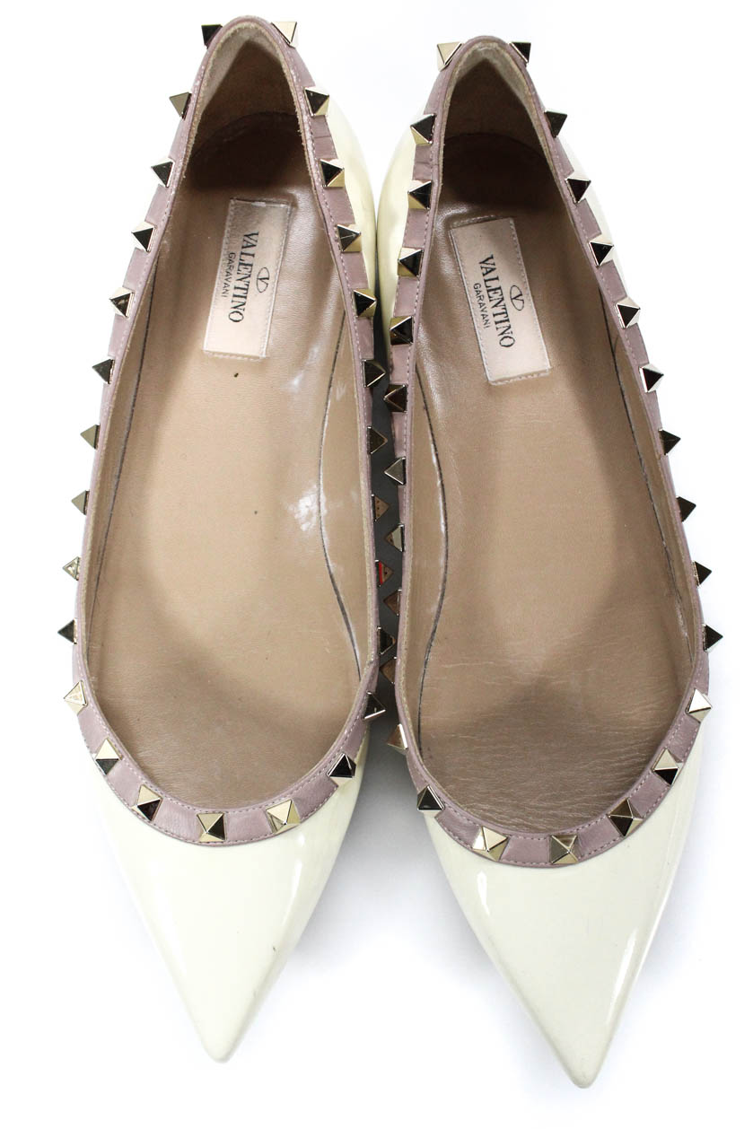 907356756e Valentino Garavani Womens Rockstud Patent Leather Pointed Flats ...