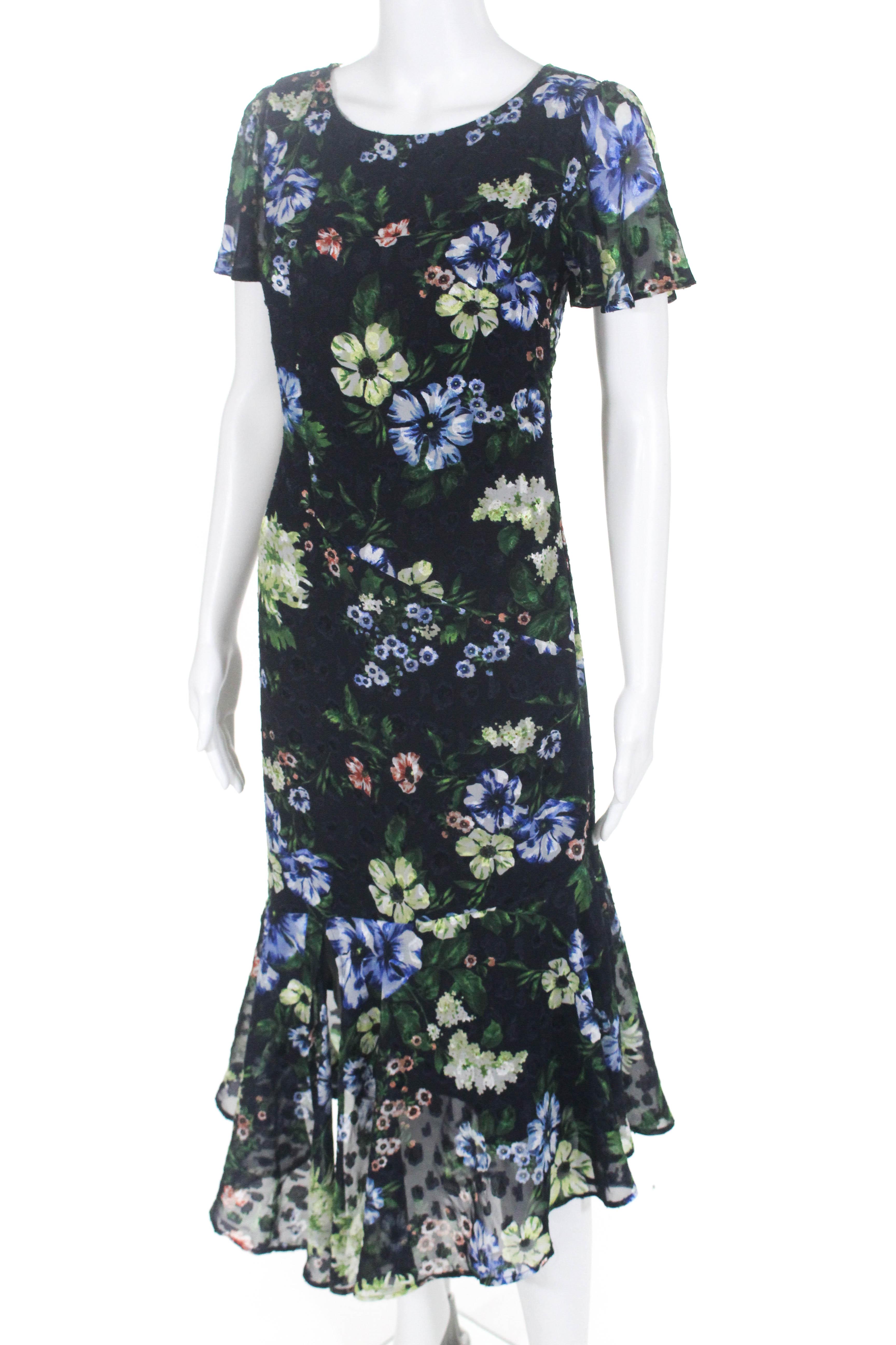c4cae2af72 Navy Blue Short Sleeve Midi Dress