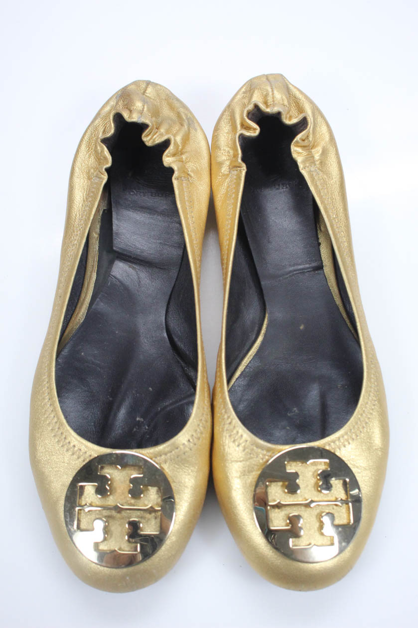 6d8e3a8e6 Tory Burch Womens Ballet Flats Reva Gold Metallic Leather Size 10.5. Item  Description. Description  Slide On. Condition  Pre-Owned  Wear On Soles And  ...