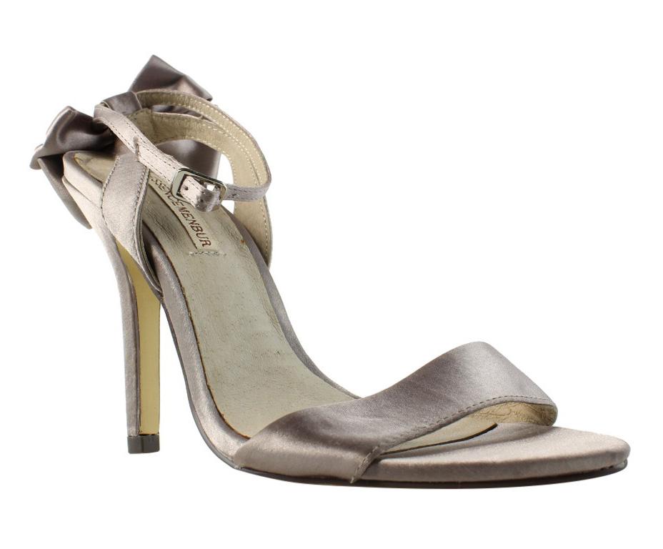 c1840fd42 Essence Menbur Womens Silver Pumps Size 7 (308460)