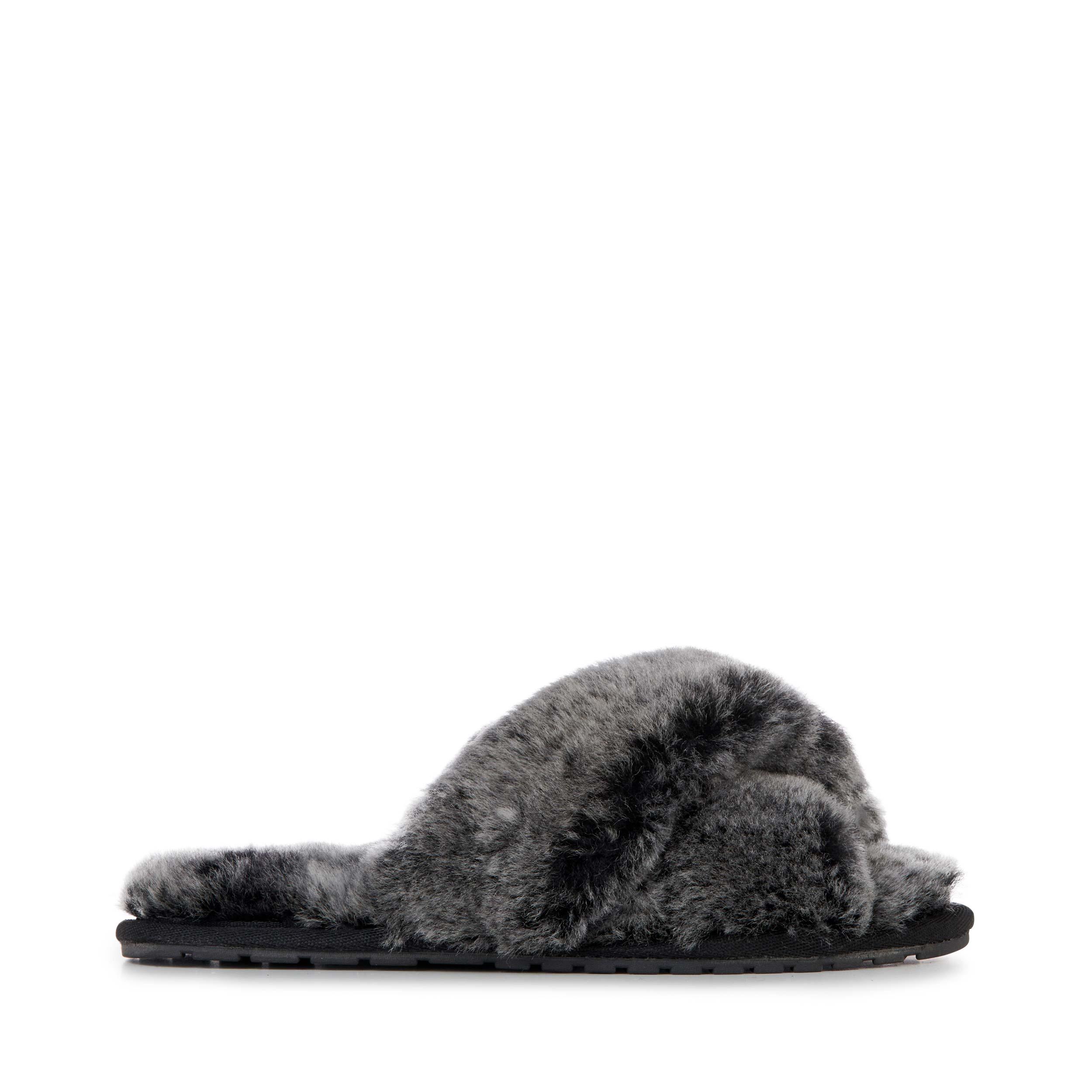 Emu Australia Mayberry Slippers in Black Frost