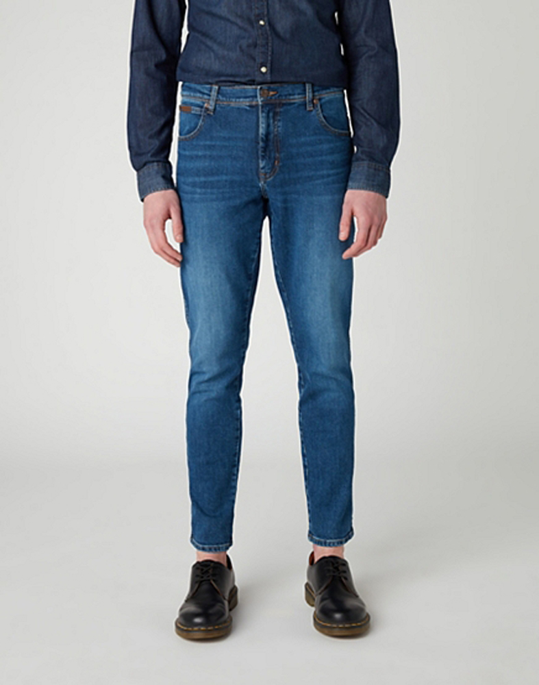 Wrangleer Texas Slim Jeans in Game On