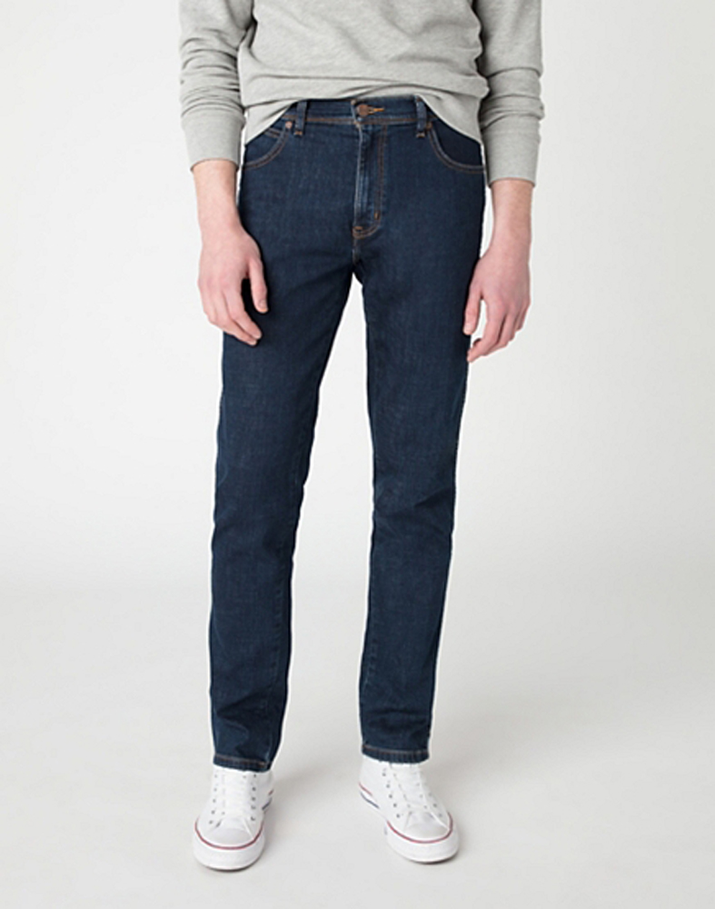 Wrangler Texas Slim Jeans in Cross Game