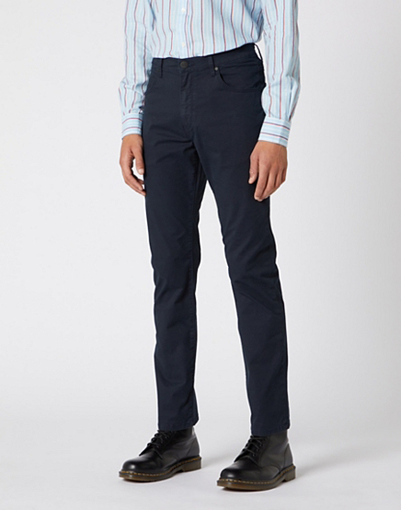 Wrangler Arizona Trouser in Navy