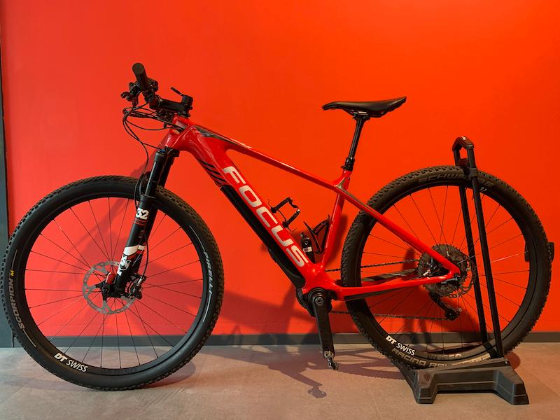 FOCUS Raven bici usata - rossa