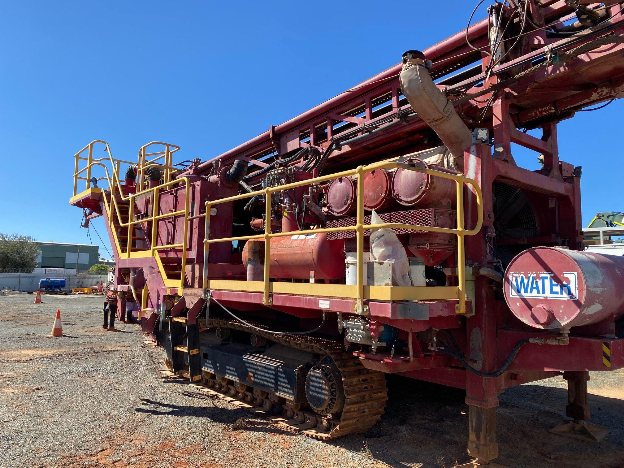 Track mounted Schramm T685-GC rig