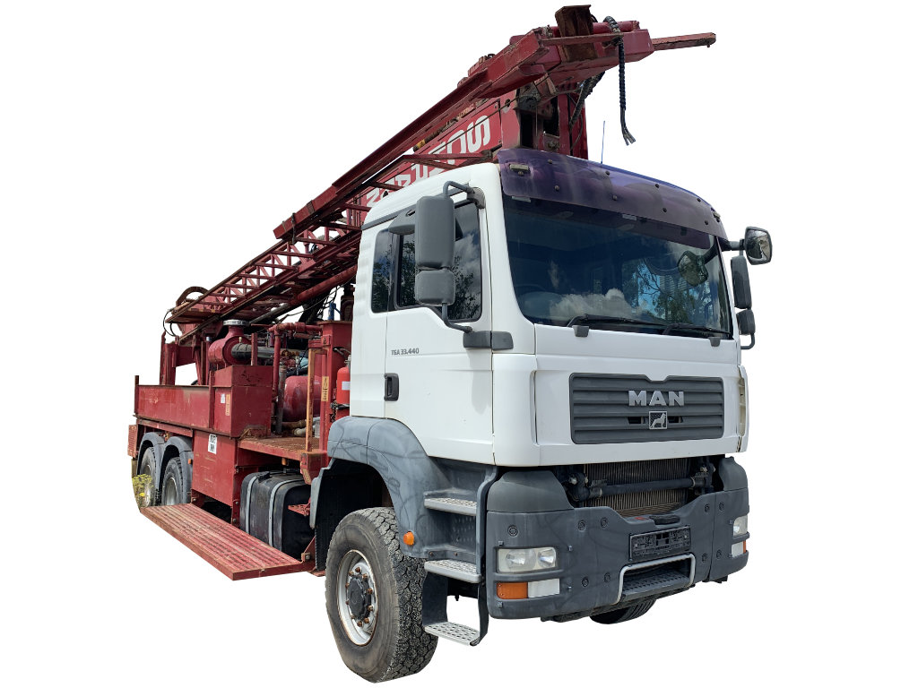 6x6 truck for Schramm drill rig
